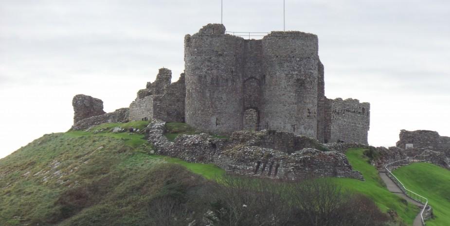 Criccieth castle from Glyn y Coed